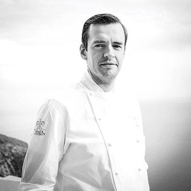 chef Arnaud Faye au restaurant gastronomique la chèvre d'or