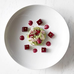 Local fish ceviche, beetroot, pepper dressing - Ресторан les Remparts
