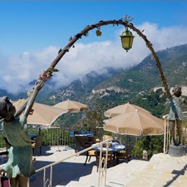 Lunch on one of the most beautiful terraces of the French Riviera